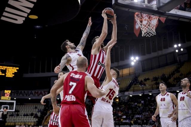 Olimpia Milano vs Olympiacos | Gara rinviata, fuori dall'Italia fino all'11 aprile