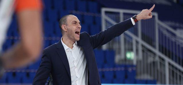 Olimpia Milano otto su otto, Brindisi regge ancora il passo