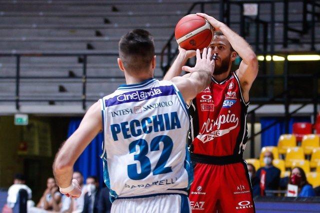 Alcuni positivi al Covid a Cantù, ma il derby di domani si gioca