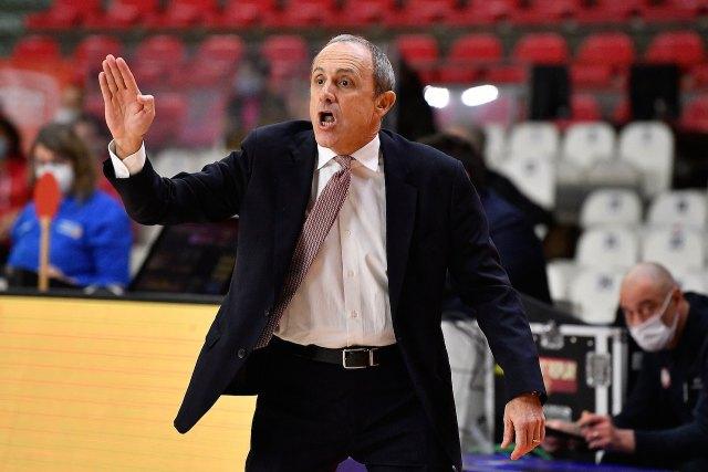 Messina: Contento per la vittoria, ma l'infortunio a Brooks sembra serio