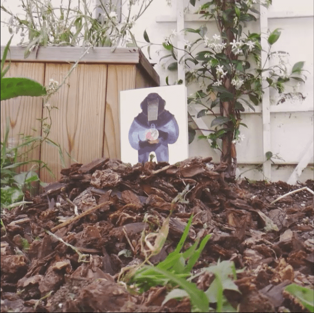 Bored while gardening today. That's The Shrug issue 4 rising from the ground because it is FSC certified. (Paper from sustainable forests). #books #Sustainable #stopmotion https://tny.press/creations/shrug-4 @tnypress