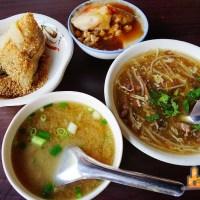 【高雄古早味】24小時營業 隨時都能吃到美味古早味小吃 李家肉粽碗粿 (五福店)