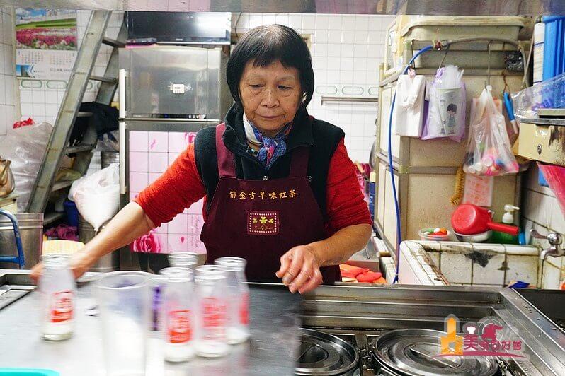 【高雄小吃】前金古早味紅茶 大家共同回憶 五十三年懷舊飲品