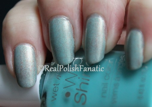 OPI Designer...De Better & Wet n Wild Gyp-Sea Green