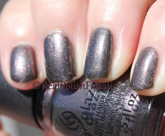 China Glaze - Heroine Chic // Fall 2016 Rebel Collection