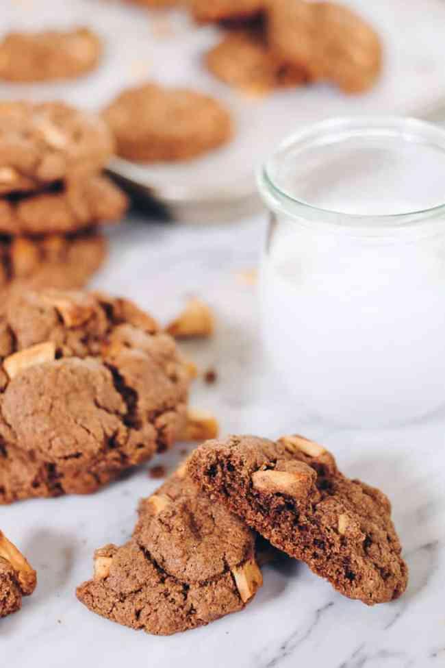 Moist and delicious, these Paleo Apple Cinnamon Cookies are an easy to make treat! They're sure to be a new favorite for your family! Paleo, Gluten Free, Dairy Free and Refined Sugar Free.   realsimplegood.com
