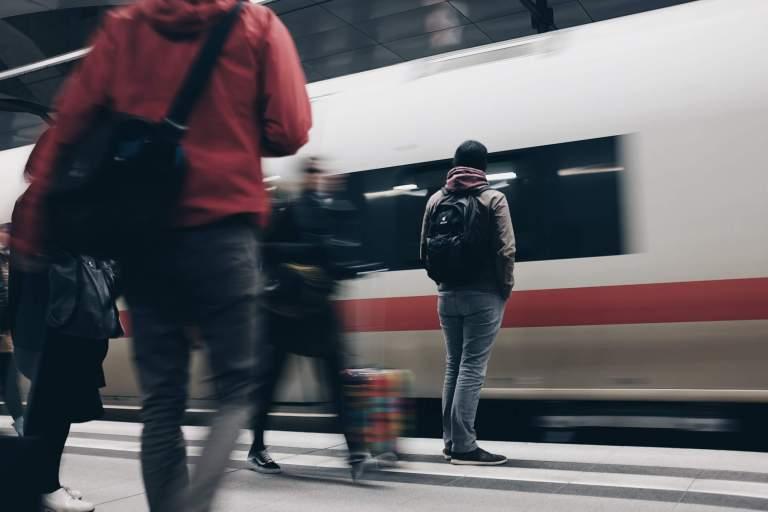 low carbon travel