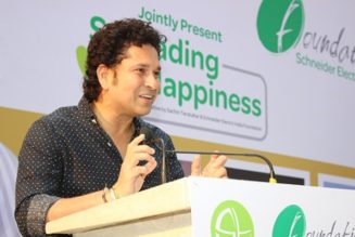 Sachin Tendulkar and Schneider Electric transform 350 households in UP village with Solar power