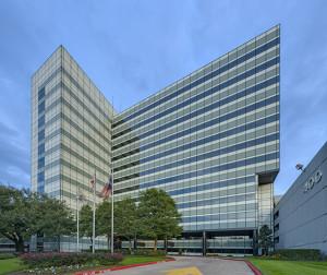 Hartman buys 400 North Belt in Houston's Greenspoint area.