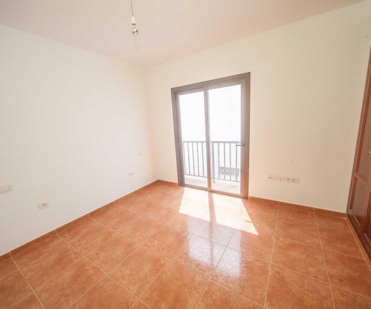 Apartment Agency: New Spacious Apartment Near Playa De San Juan!!