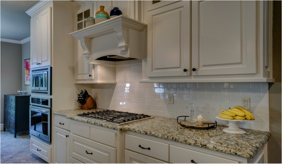 Kitchen Cabinets: Paint 'em Yourself or Pay the Big Bucks?