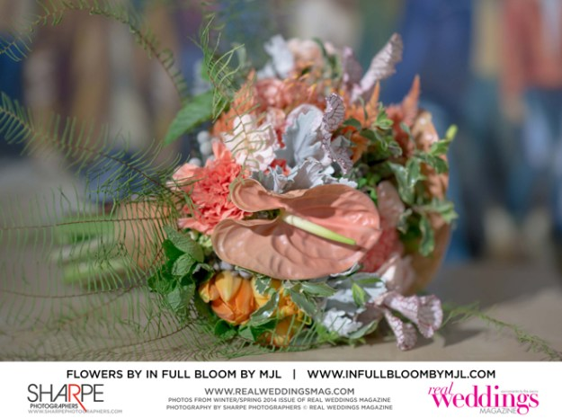 PhotoBySharpePhotographers©RealWeddingsMagazine-CM-WS14-FLOWERS-SPREADS-14