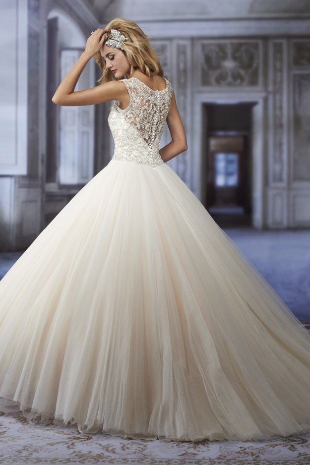 Real Weddings Dazzling Dresses: Longing for Lace