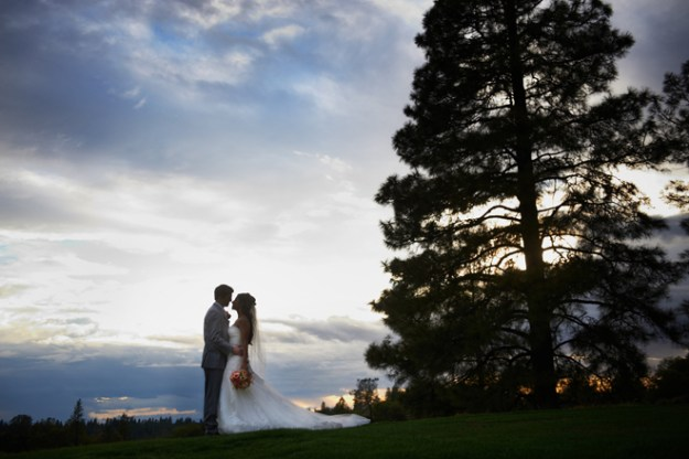 Sacramento Wedding - Janelle & Coleman by Ford Family Photography on www.realweddingsmag.com 21