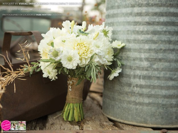 Sacramento_Weddings_RWS_Cover_Model-WS15-BOUQUETS-31