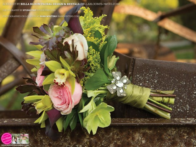 Sacramento_Weddings_RWS_Cover_Model-WS15-BOUQUETS-7