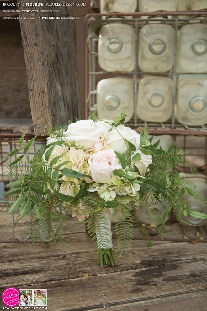 Sacramento_Weddings_RWS_Cover_Model-WS15-BOUQUETS-SINGLE-11