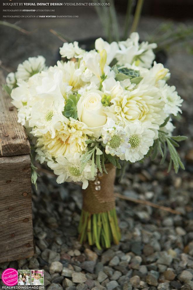 Sacramento_Weddings_RWS_Cover_Model-WS15-BOUQUETS-SINGLE-39