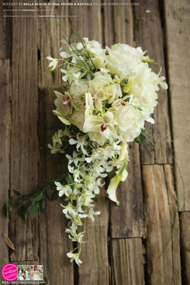 Sacramento_Weddings_RWS_Cover_Model-WS15-BOUQUETS-SINGLE-7