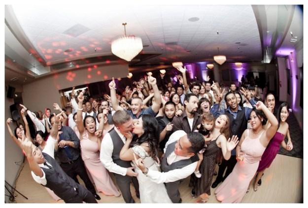 2_Girls_20_Cameras_Real_Weddings_Sacramento_Wedding_Photographer-_0011