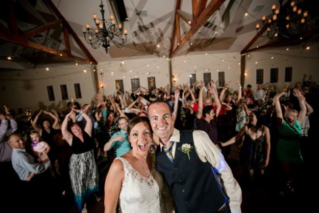 "Sacramento Wedding Planning: Tips from the Pros {Did Somebody Say ""Dance Party""?}"