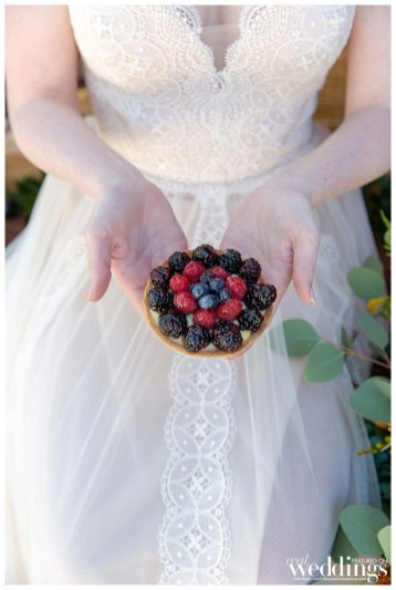 Lolita Vasquex Photography shot Picnic in Provence for Real Weddings Magazine.