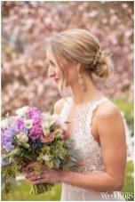 Farrell-Photography-Sacramento-Real-Weddings-Magazine-Gold-Country-Glam-Layout_0103
