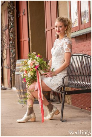 Farrell-Photography-Sacramento-Real-Weddings-Magazine-Gold-Country-Glam-Layout_0114