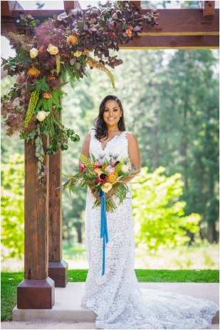 Real-Weddings-Magazine-KABOO-PHOTOGRAPHY-Apple-Hill-Wedding-Inspiration-_0045