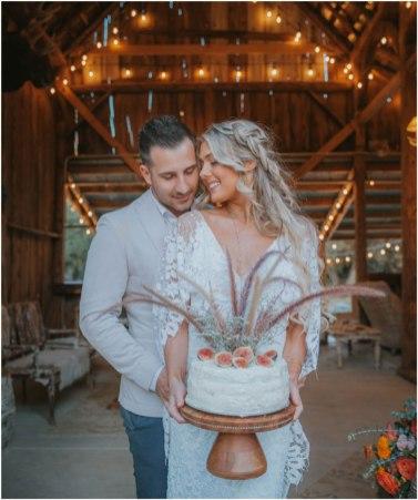 Real-Weddings-Magazine-Roza-Melendez-Photography-Somerset-El-Dorado-County-Wedding-Inspiration-_0077