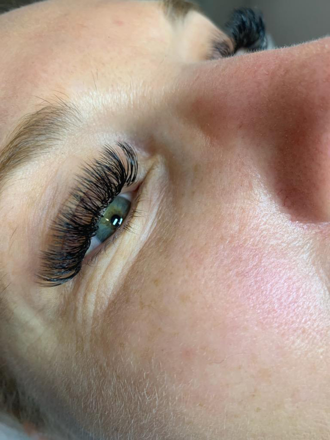 The Lash Lounge - Doco - Roseville - Natural Eyelash Extensions