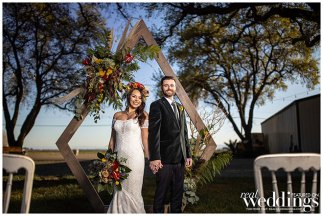Sato-Studio-Photography-Sacramento-Real-Weddings-Magazine-Totally-Cray-in-Love-Layout-WM-_0019