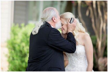 White-Daisy-Photography-Sacramento-Real-Weddings-Magazine-Elizabeth-Drew_3