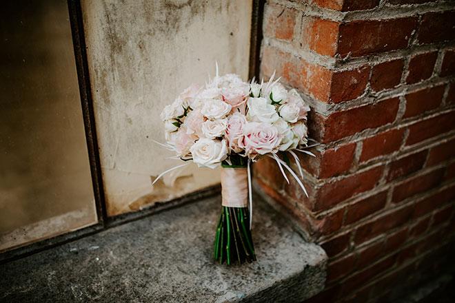 Rodarte Floral Design Sacramento Florist White Wedding Old Sugar Mill James Young Photography
