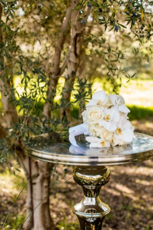 Capture-Create-Studios-Photography-Sacramento-Real-Weddings-Magazine-Taber-Ranch-Inspiration-13