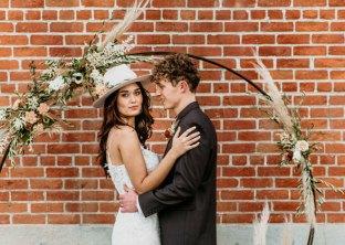 Geejers-Photography-Sacramento-Real-Weddings-Magazine-Willow-Ballroom-Inspiration-25