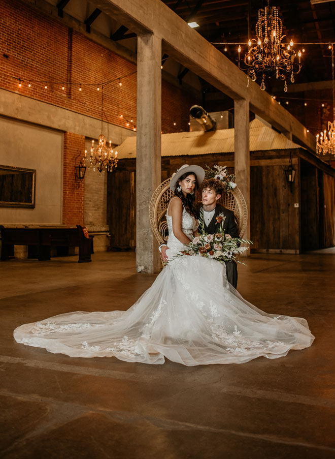 Natural Elements Boho Wedding Inspiration The Willow Ballroom by Geejers Photo