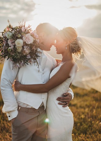 Kelsey & Brett featured real wedding by Ashton Imagery Photography Videography