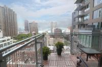 Balcony New York - two sophisticated luxury apartments in ...