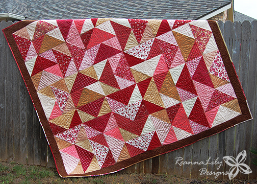 Fat Quarter Flying Geese Quilt | Jen Eskridge | ReannaLily Designs