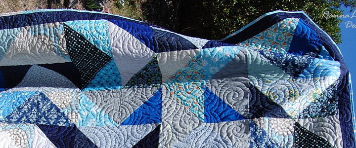 Blue Flying Geese: Queen-Size Quilt