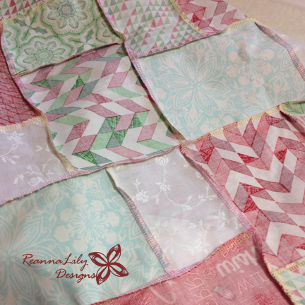 Double Slice Layer Cake | Kate Spain Jingle | ReannaLily Designs | Serged Seams