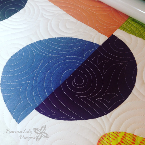 Longarm Quilting Swirls by Jen Eskridge | ReannaLily Designs | ReannaLilyQuilts.com