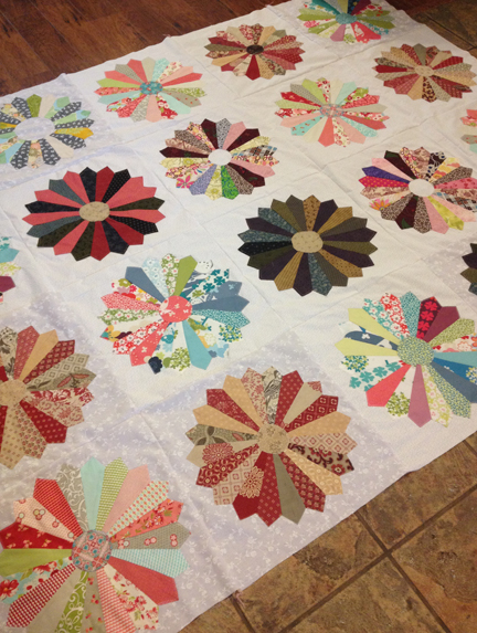 Scrappy Dresden Quilt Blocks | ReannaLily Designs | Group Project Quilt
