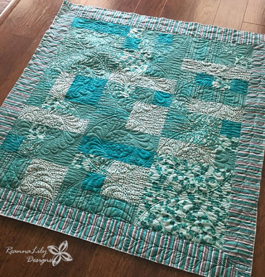 Teal Baby Quilt | Divide and Design | Jen Eskridge | ReannaLily Designs | ReannaLily Quilts