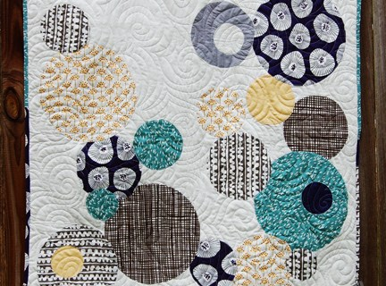 Random Circles Quilt Workshop at Mesquite Bean Fabrics
