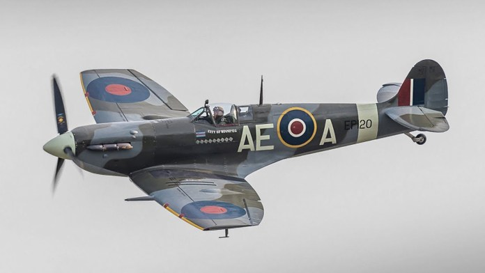 How to fly a spitfire