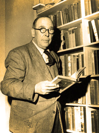 CS Lewis on the Reading of Old Books