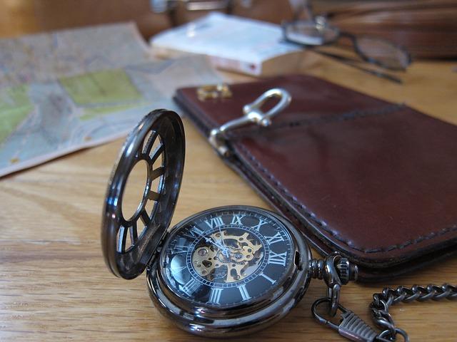 pocket-watch-331021_640