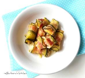 Cuketové závitky s pancettou a sýrem halloumi | reBarbora's kitchen